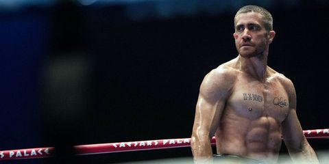 Mouth, Cheek, Shoulder, Chest, Joint, Barechested, Trunk, Competition event, Muscle, Facial hair,