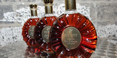 This Heroic Woman Chugged An Entire Bottle of Rémy Martin at Airport Security