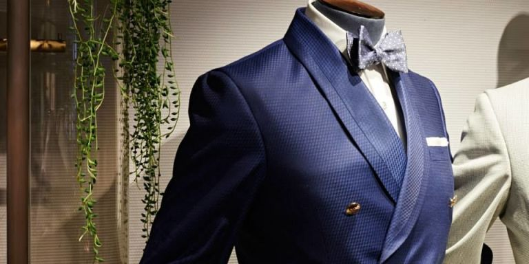 Turnbull and asser collar style on women dress