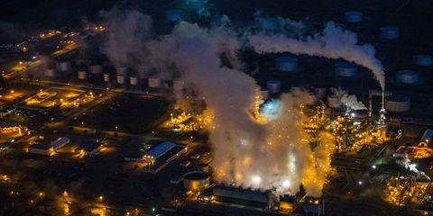 Smoke, Pollution, Urban area, Fire, Explosion, Gas, Metropolis, Heat, Flame, Tower block,