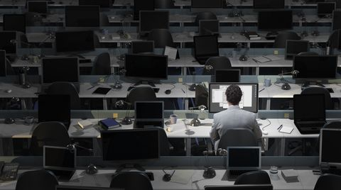 Why Staying Too Late at Work Can Ruin Your Life