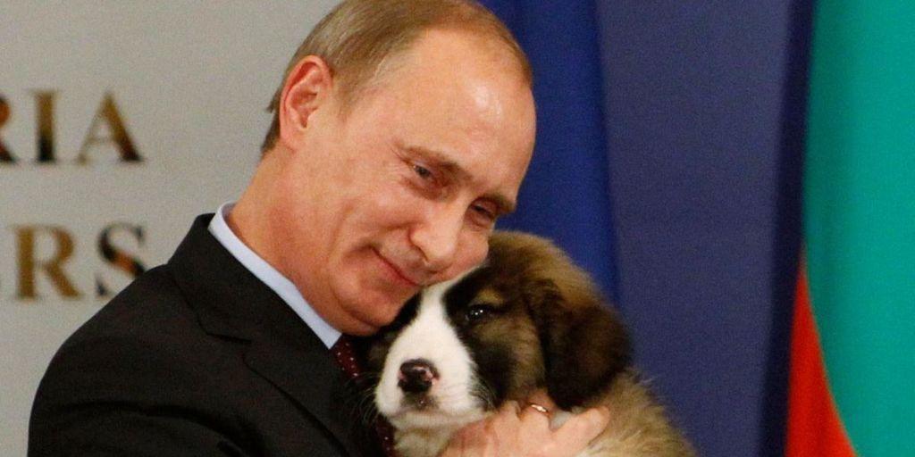 30 Photos of Vladimir Putin Living His Extravagant Life