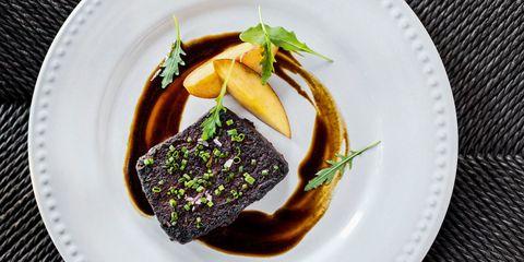 Food, Dishware, Cuisine, Culinary art, Garnish, Tableware, Serveware, Dish, Plate, À la carte food,