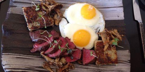 Egg yolk, Food, Ingredient, Meal, Breakfast, Fried egg, Egg white, Egg, Dish, Egg,