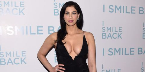 Sarah Silverman's Red Carpet Cleavage Proves She Doesn't Have to Be One of the Guys Anymore