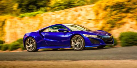Does the 2017 Acura NSX Live up to Its Legendary Predecessor?