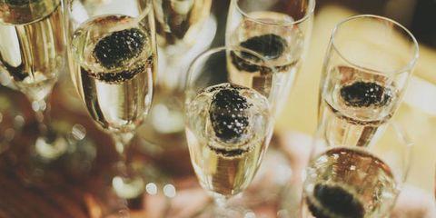 Drinkware, Glass, Stemware, Barware, Alcoholic beverage, Drink, Alcohol, Liquid, Tableware, Champagne stemware,