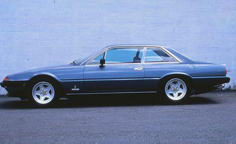 Tire, Wheel, Vehicle, Car, Rim, Alloy wheel, Spoke, Automotive parking light, Personal luxury car, Hood,