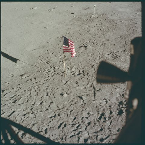 Flag, Line, Flag of the united states, Carmine, Parallel, Tints and shades, Shadow, Sand, Memorial day,
