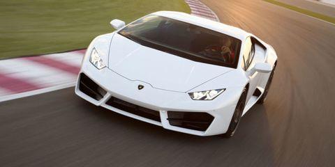 Mode of transport, Automotive design, Vehicle, Land vehicle, Automotive exterior, Hood, Headlamp, Transport, Car, Automotive lighting,