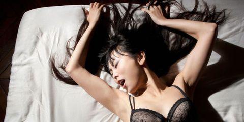6 Tricks That Help Women Have Multiple Orgasms