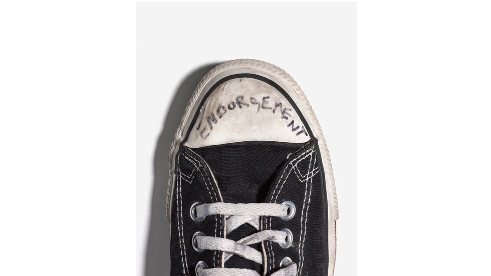 10 'Unseen' Photos of Kurt Cobain's Personal Possessions