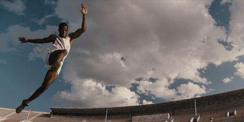 Cloud, Human leg, Jumping, People in nature, Knee, Stunt performer, Extreme sport, Stunt, Street stunts, Exercise,