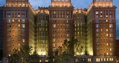 Bed Bugs Aren T The Biggest Problem With This Famous Hotel Ghosts Are