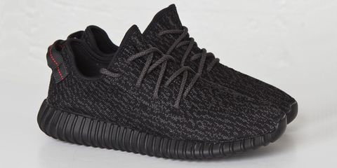 d81a79512 It Looks Like Kanye Is Actually Giving Away Those Free Yeezys He ...