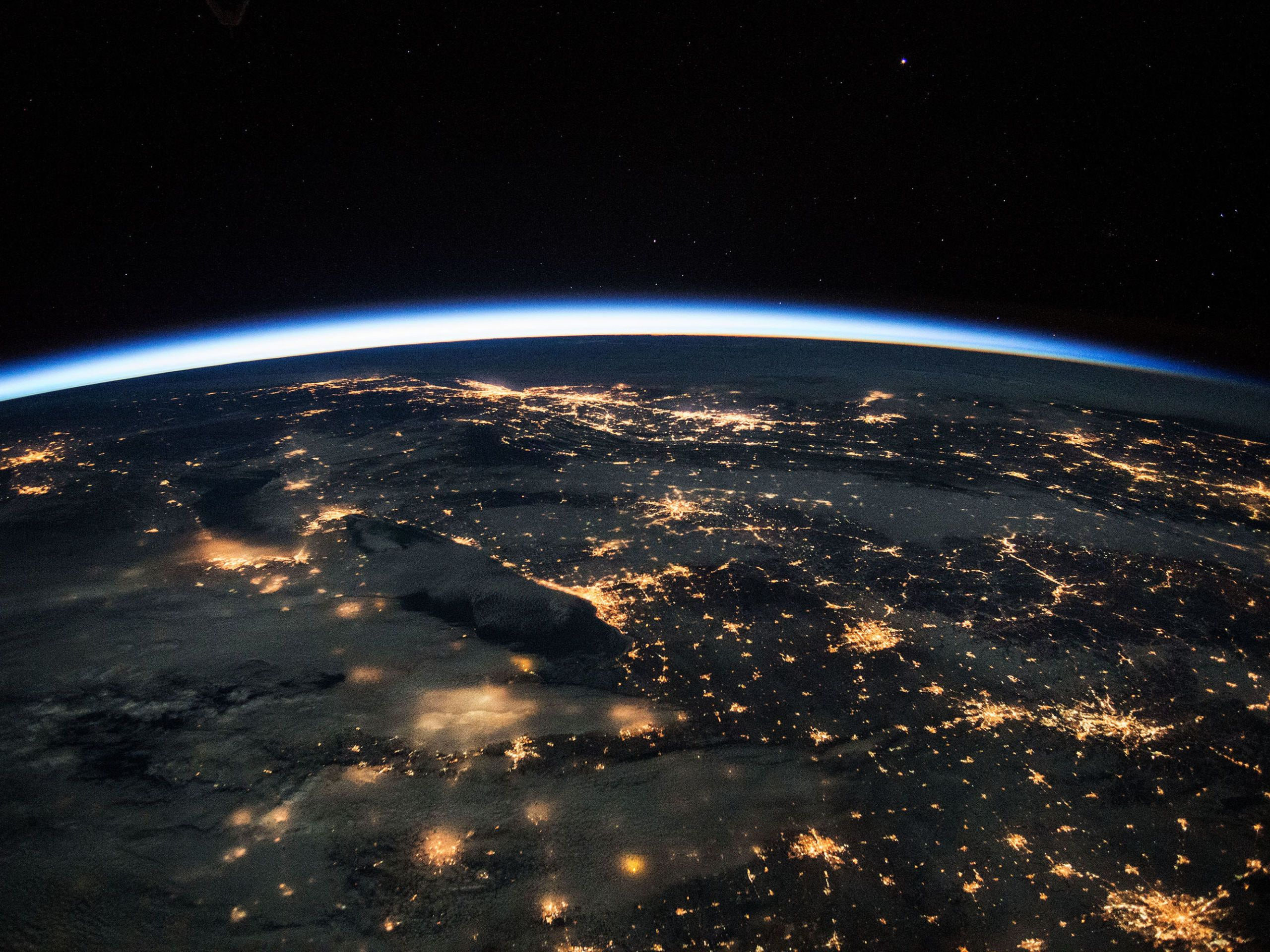 50 Extraordinary Photos From One Year in Space