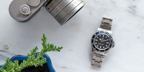 Blue, Product, Analog watch, Watch, Glass, Watch accessory, Fashion accessory, Font, Azure, Metal,