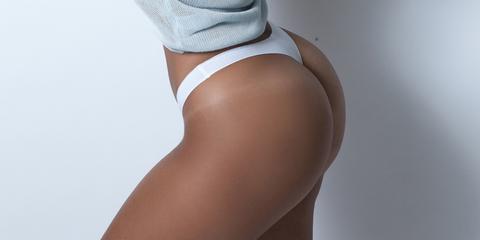Brown, Skin, Human leg, Joint, Tan, Foot, Thigh, Knee, Beige, Close-up,