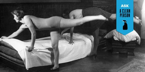 Back, Linens, Waist, Abdomen, Undergarment, Art model, Barefoot, Bed, Hip, Model,