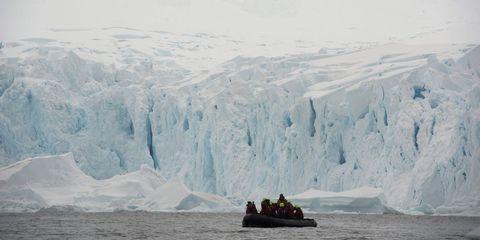 Ice, Winter, Watercraft, Sea ice, Freezing, Polar ice cap, Ice cap, Glacial landform, Boat, Ocean,