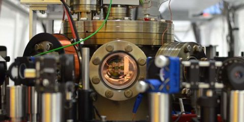 Physicists Built a Single-Atom Engine and It Actually Works