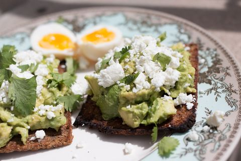 How to Build a Better Avocado Toast