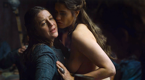 It Only Took Six Seasons But Game Of Thrones Finally Just Revealed Its First Lesbian Major Character Yara Theon Greyjoys Sister Who Should Really Be