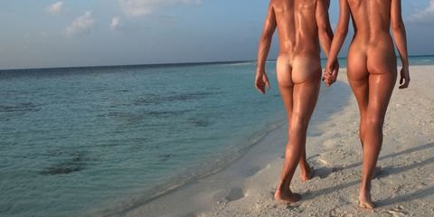 Body of water, Daytime, Human leg, Summer, People in nature, Ocean, Muscle, Barechested, Beach, Aqua,