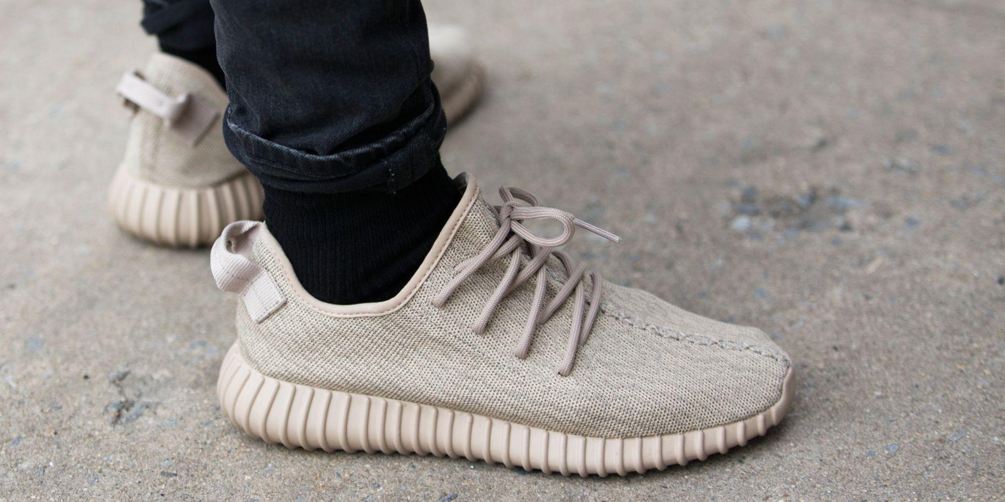 adidas   kanye west, collaborazione yeezy scarpe notizie