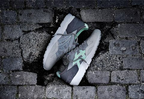 Road surface, Colorfulness, Brick, Pattern, Grey, Athletic shoe, Cobblestone, Concrete, Walking shoe, Building material,