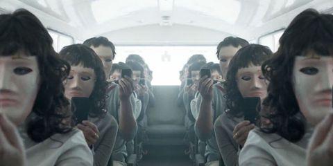 Head, People, Hairstyle, Social group, Photograph, Mammal, Passenger, Black hair, Fashion, Temple,