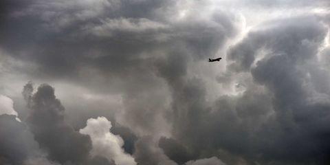 Sky, Daytime, Cloud, Airplane, Atmosphere, Cumulus, Aircraft, Flight, Atmospheric phenomenon, Aerospace engineering,