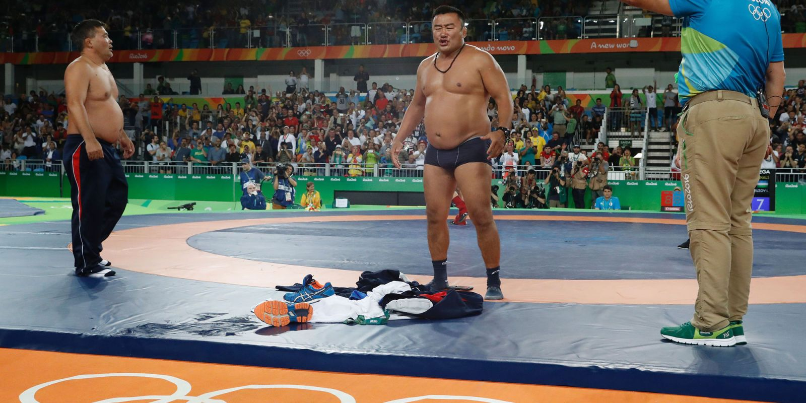 Mens strip wrestling photos