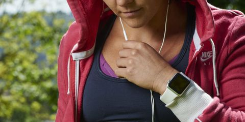 Fitness Trackers Don't Improve Weight Loss, Study Says