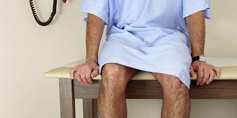 Sleeve, Wrist, Human leg, Joint, Elbow, Watch, Knee, Thigh, Tan, Calf,