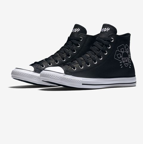 Product, Shoe, White, Style, Logo, Carmine, Sneakers, Black, Grey, Walking shoe,