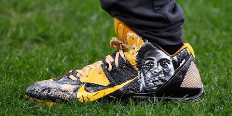 brown-ali-cleats