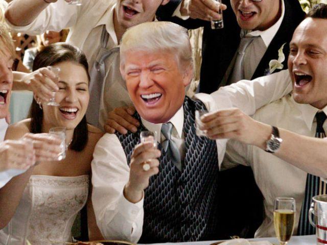 Trump Crashes Wedding.Donald Trump Crashed A Wedding