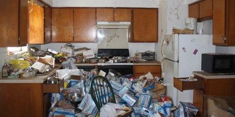 This Trash-Filled Texas Home Is the Most-Viewed Real Estate Listing on the Internet