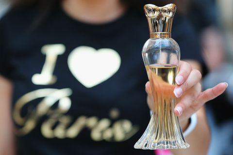 Barware, Drinkware, Glass, Perfume, Trophy, Heart, Love, Distilled beverage, Active shirt, Decanter,