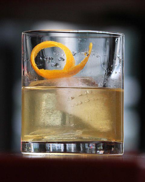 Liquid, Fluid, Glass, Drinkware, Alcoholic beverage, Distilled beverage, Highball glass, Barware, Alcohol, Drink,