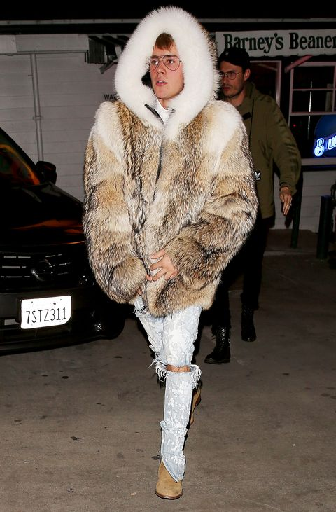 Justin Bieber Wears A Fur Coat In La Justin Biebers Gigantic