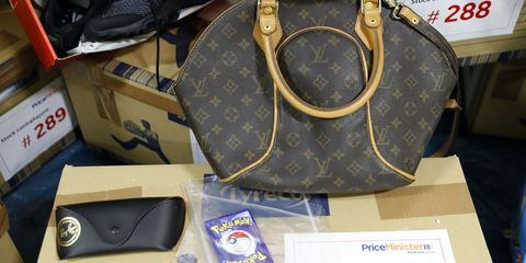 Brown, Bag, Style, Fashion, Shoulder bag, Tan, Luggage and bags, Leather, Khaki, Beige,