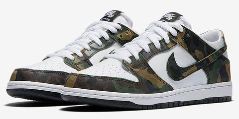 Footwear, Product, Green, Athletic shoe, Shoe, Photograph, Sportswear, White, Style, Line,