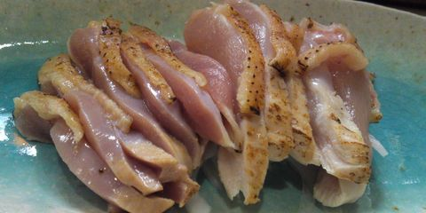 This 'Medium Rare' Chicken Recipe Is Hilariously Disgusting