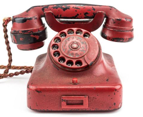 Red, Telephone, Telephony, Machine, Corded phone, Communication Device, Technology, Circle, Still life photography, Coquelicot,