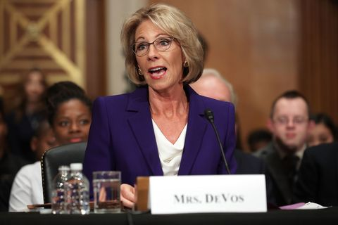 Big Worries About Betsy Devos >> Who Is Betsy Devos What Are The Secretary Of Education S Policies
