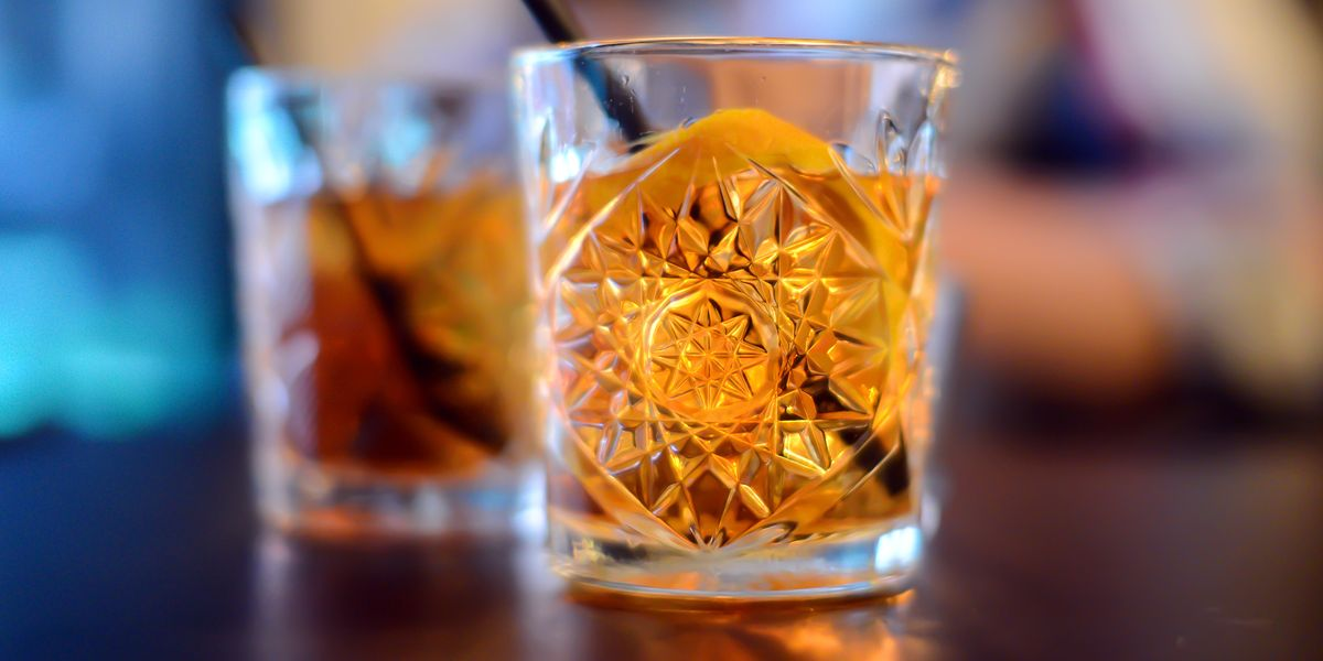 Best Old Fashioned Recipe How To Make An Old Fashioned Cocktail