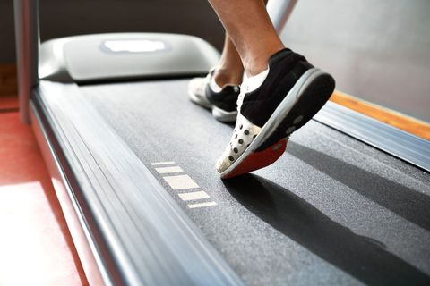 Human leg, Shoe, Joint, Athletic shoe, Knee, Carmine, Calf, Composite material, Sneakers, Walking shoe,