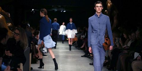 Fashion model, Fashion, Runway, Fashion show, Event, Fashion design, Public event, Footwear, Denim, Dress,